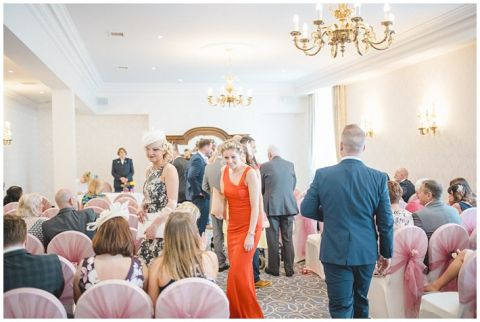 Grand Hotel Tynemouth wedding0029(pp w480 h322)