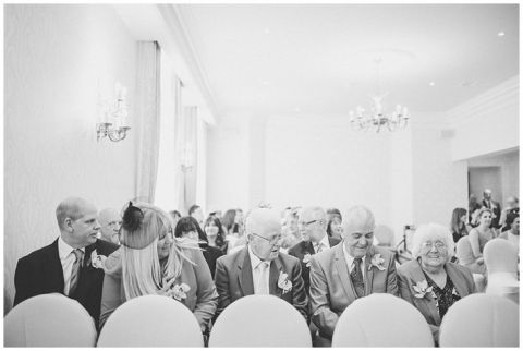 Grand Hotel Tynemouth wedding0030(pp w480 h322)