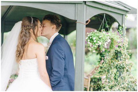 Vintage Wedding Photographer Kent0046(pp w480 h322)