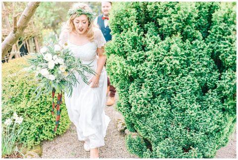 Hexham Winter Gardens Wedding Photographer 0240(pp w480 h322)