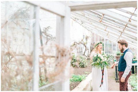 Hexham Winter Gardens Wedding Photographer 0252(pp w480 h322)