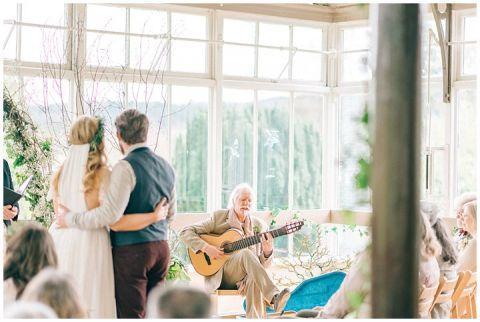 Hexham Winter Gardens Wedding Photographer 0282(pp w480 h322)