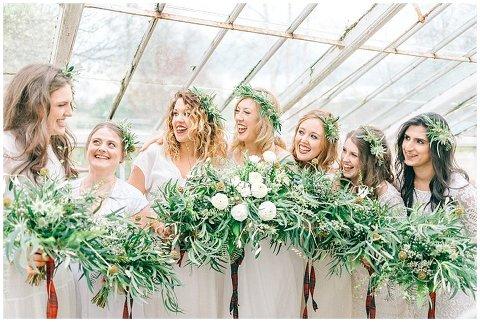Hexham Winter Gardens Wedding Photographer 0304(pp w480 h322)