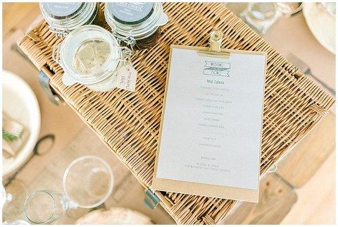 Hexham Winter Gardens Wedding Photographer 0350(pp w480 h322)