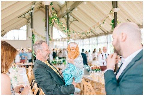 Hexham Winter Gardens Wedding Photographer 0384(pp w480 h322)