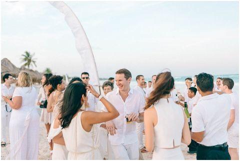 Wedding Elopement Tulum Mexico Viento De Mar Akiin Beach Club 0227(pp w480 h322)