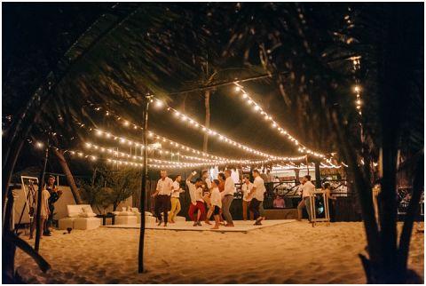 Wedding Elopement Tulum Mexico Viento De Mar Akiin Beach Club 0385(pp w480 h322)