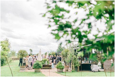Stone barn wedding Cheltenham 0070(pp w480 h322)