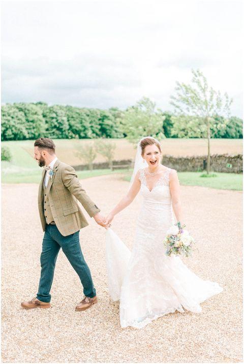 Stone barn wedding Cheltenham 0078(pp w480 h716)