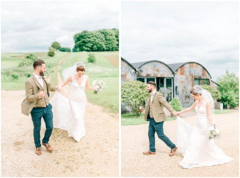 Stone barn wedding Cheltenham 0079(pp w480 h357)