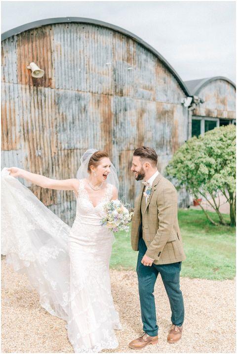 Stone barn wedding Cheltenham 0082(pp w480 h716)