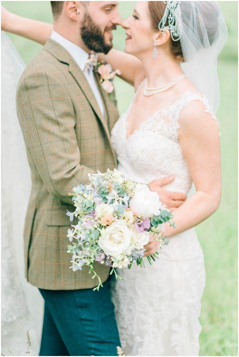 Stone barn wedding Cheltenham 0100(pp w480 h716)