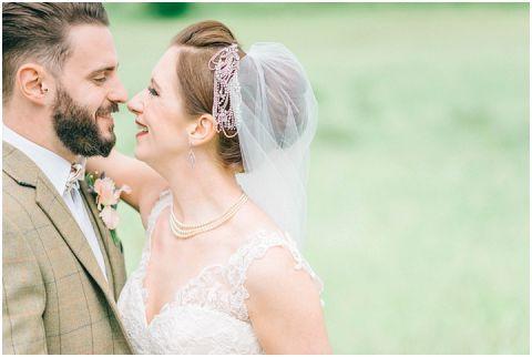 Stone barn wedding Cheltenham 0104(pp w480 h322)