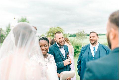 Stone barn wedding Cheltenham 0127(pp w480 h322)
