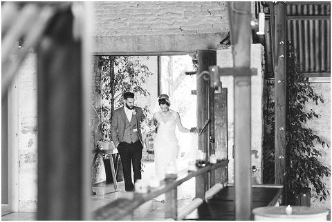 Stone barn wedding Cheltenham 0144(pp w480 h322)