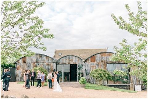 Stone barn wedding Cheltenham 0178(pp w480 h322)