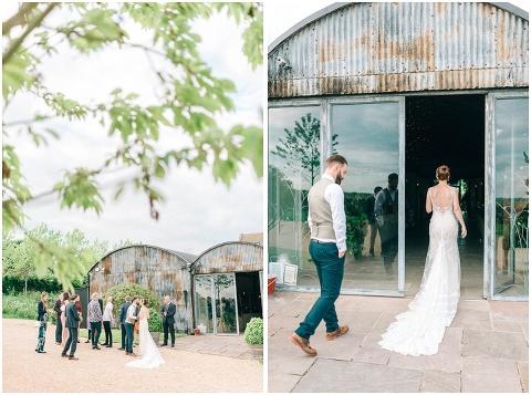 Stone barn wedding Cheltenham 0179(pp w480 h357)