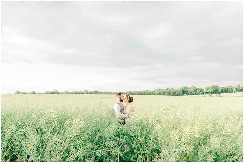 Stone barn wedding Cheltenham 0201(pp w480 h321)