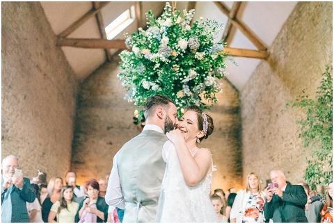 Stone barn wedding Cheltenham 0228(pp w480 h322)