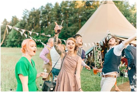 Woodland Wedding Camp Katur 0111(pp w480 h322)