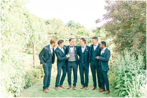 Yalding Gardens wedding Brentwood cathedral wedding 0081(pp w480 h322)