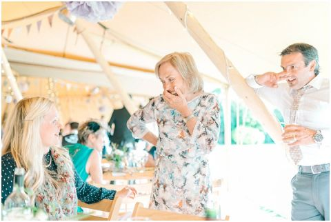 Yalding Gardens wedding Brentwood cathedral wedding 0094(pp w480 h322)