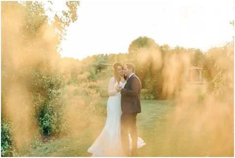 Yalding Gardens wedding Brentwood cathedral wedding 0139(pp w480 h322)