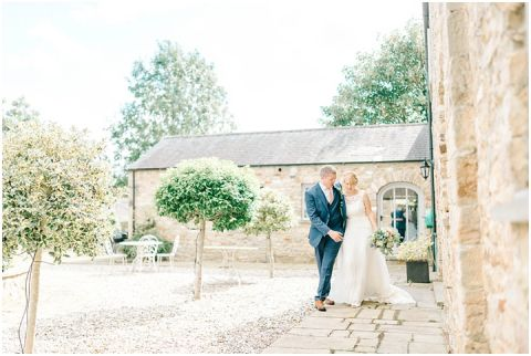 Yorkshire wedding Barn Wedding Pictures 074(pp w480 h322)