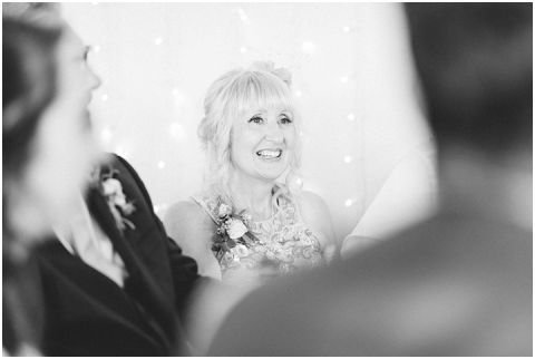 Yorkshire wedding Barn Wedding Pictures 092(pp w480 h322)