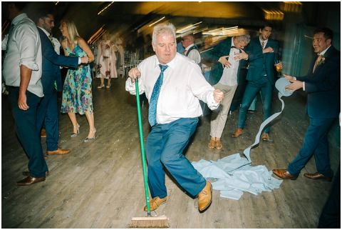 Yorkshire wedding Barn Wedding Pictures 181(pp w480 h322)