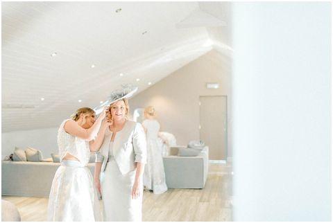 Yorkshire Wedding Barn Wedding photographer 022(pp w480 h322)