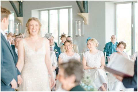 Yorkshire Wedding Barn Wedding photographer 038(pp w480 h322)