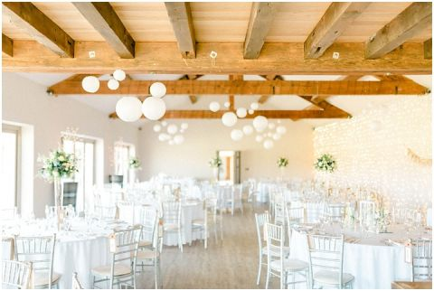 Yorkshire Wedding Barn Wedding photographer 049(pp w480 h322)