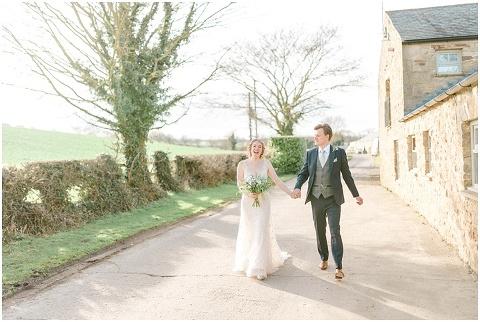 Yorkshire Wedding Barn Wedding photographer 091(pp w480 h322)