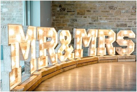 Yorkshire Wedding Barn Wedding photographer 128(pp w480 h322)