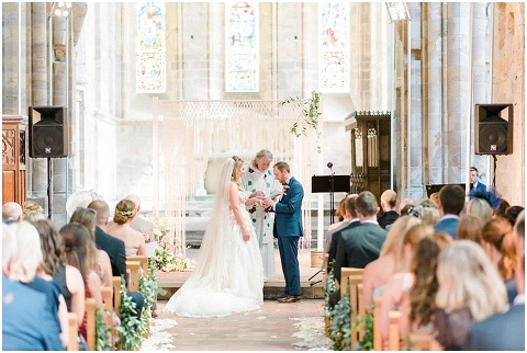 Brinkburn priory wedding photogrpaher 030(pp w480 h322)