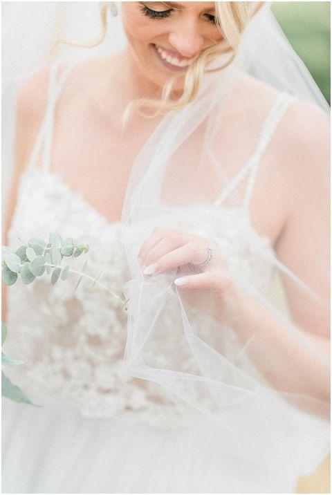 bright fine art wedding photographer 042 1(pp w480 h716)