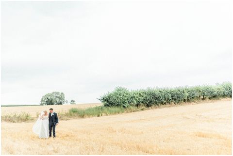 bright fine art wedding photographer 061(pp w480 h322)