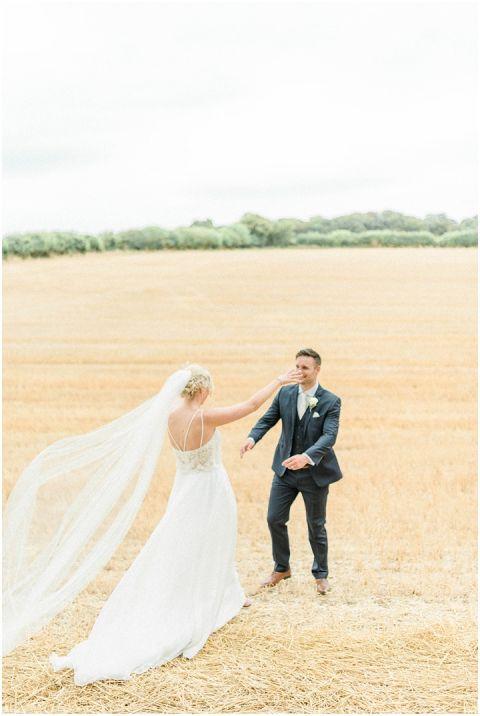 bright fine art wedding photographer 063(pp w480 h716)