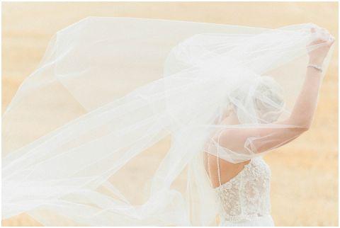 bright fine art wedding photographer 083(pp w480 h322)