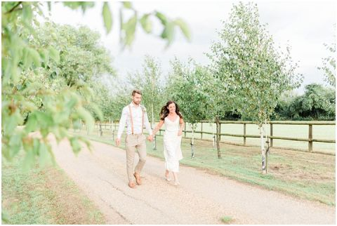 rustic boho wedding photographer London083(pp w480 h322)