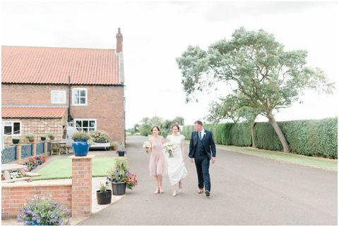 Bright Natural Fine Art Wedding photographer016(pp w480 h322)