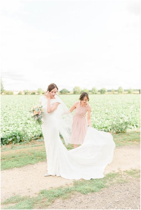 Bright Natural Fine Art Wedding photographer032(pp w480 h716)