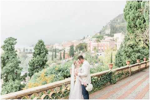 Taormina Wedding elopement Sicily Wedding Photographer 045(pp w480 h322)