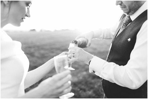 fine art wedding photographer Devon 127(pp w480 h322)