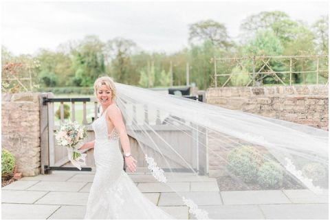 Bright fine art wedding photographer Yorkshire 025(pp w480 h322)