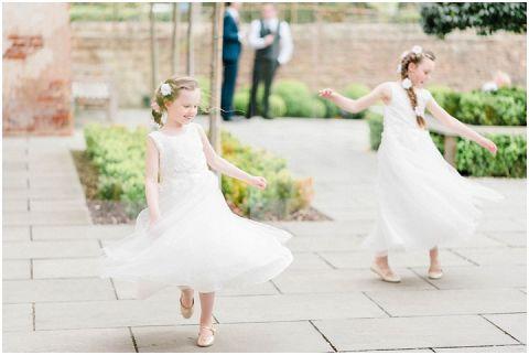 Bright fine art wedding photographer Yorkshire 045(pp w480 h322)