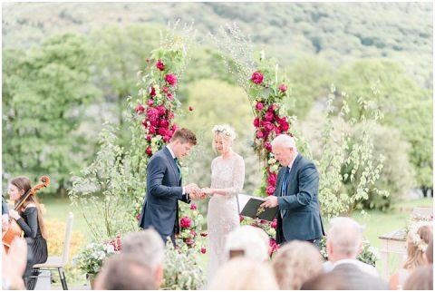 SIlverholme Wedding outdoor lake district wedding photographer 039(pp w480 h322)