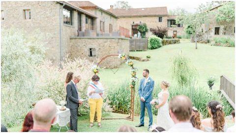 Domaine De Grolhier Wedding Photography 034(pp w480 h271)