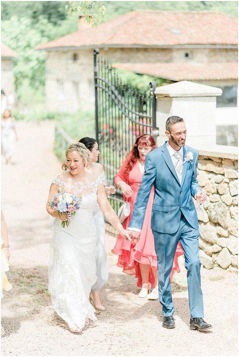 Domaine De Grolhier Wedding Photography 048(pp w480 h716)